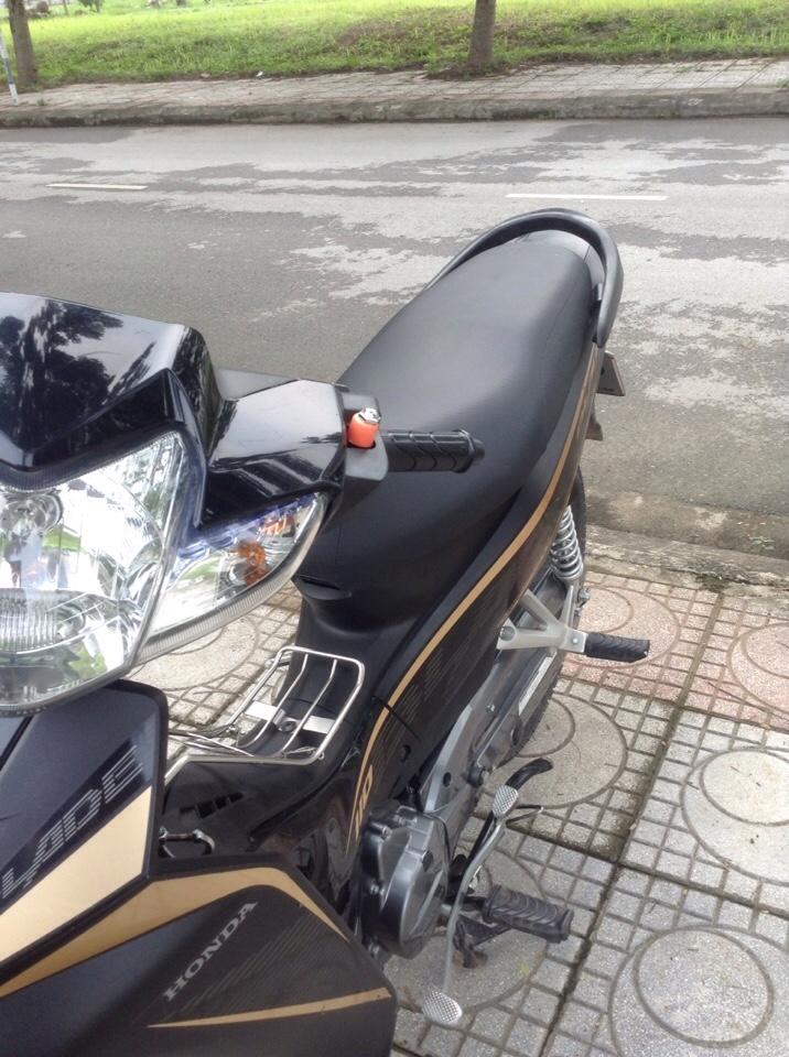 Honda Wave blade vanh duc phanh dia 2016 - 5