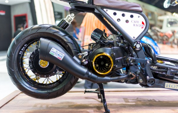 Honda Zoomer do phong cach Cafe Racer