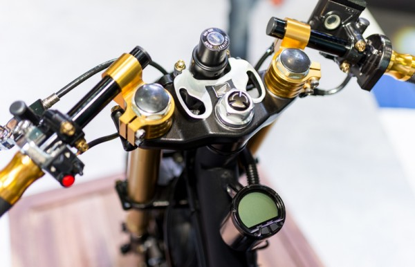 Honda Zoomer do phong cach Cafe Racer - 4