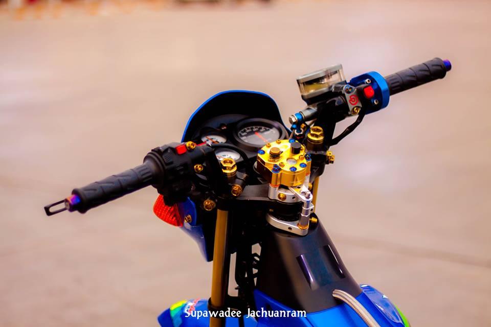 Huyen thoai Sonic 125 do mang ve dep doc dao cua biker Thai