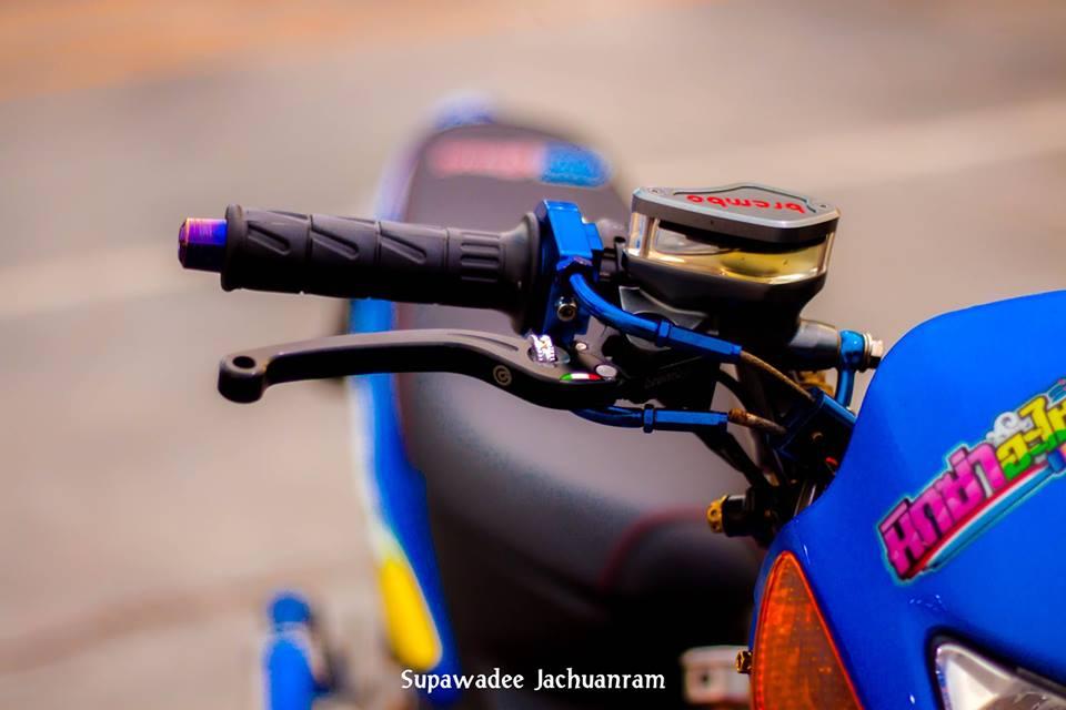 Huyen thoai Sonic 125 do mang ve dep doc dao cua biker Thai - 4