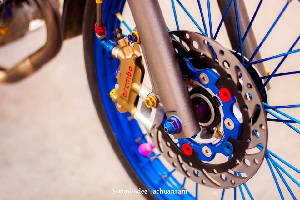Huyen thoai Sonic 125 do mang ve dep doc dao cua biker Thai - 7
