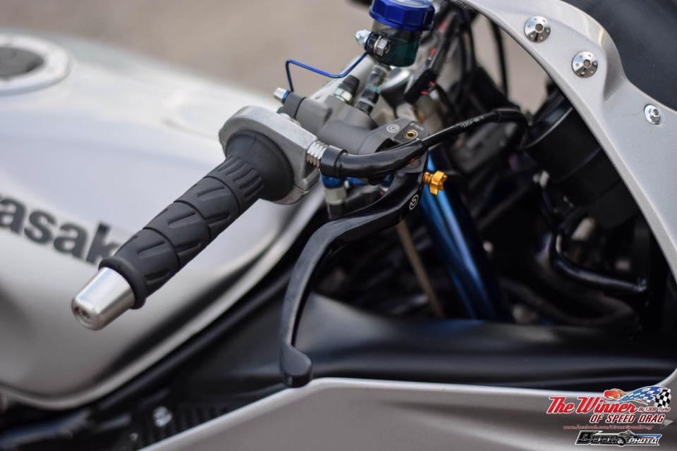 Kawasaki Kips 150 do mang net dep dang cap cua biker nuoc ban - 4