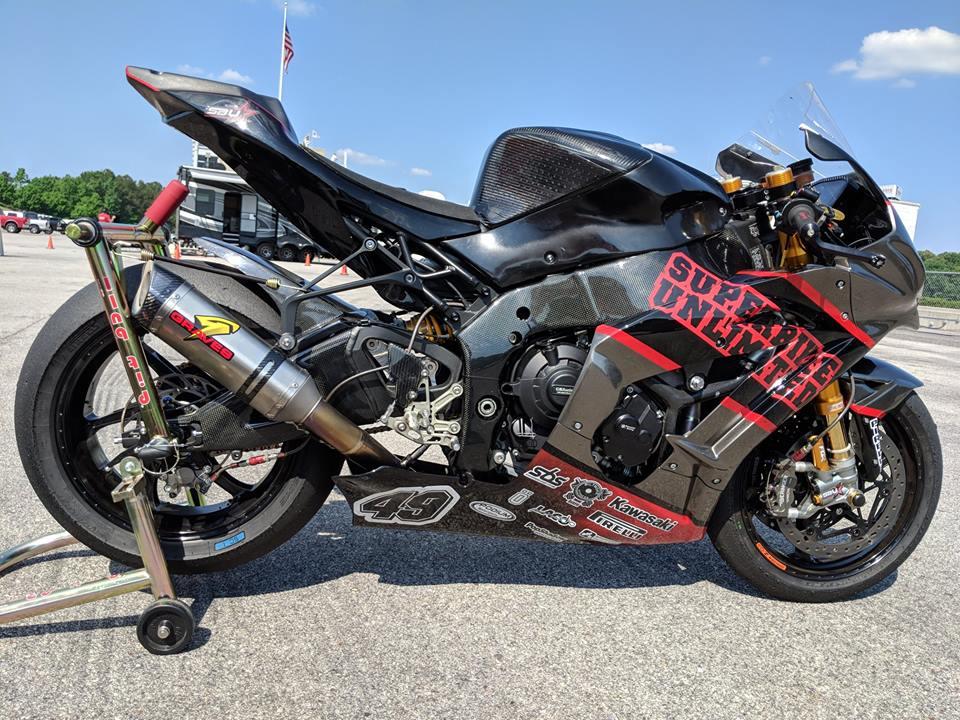 Kawasaki ZX10RR dep ngat ngay voi cau hinh duong dua - 8