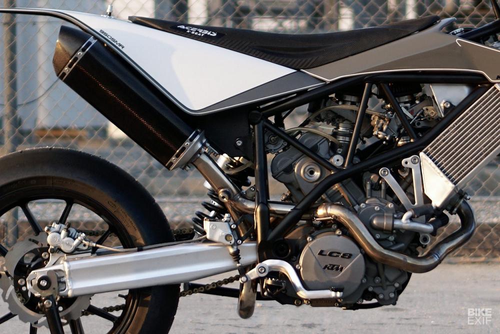 KTM 950 Adventure ban tuy chinh tu Hazan Motorworks - 12