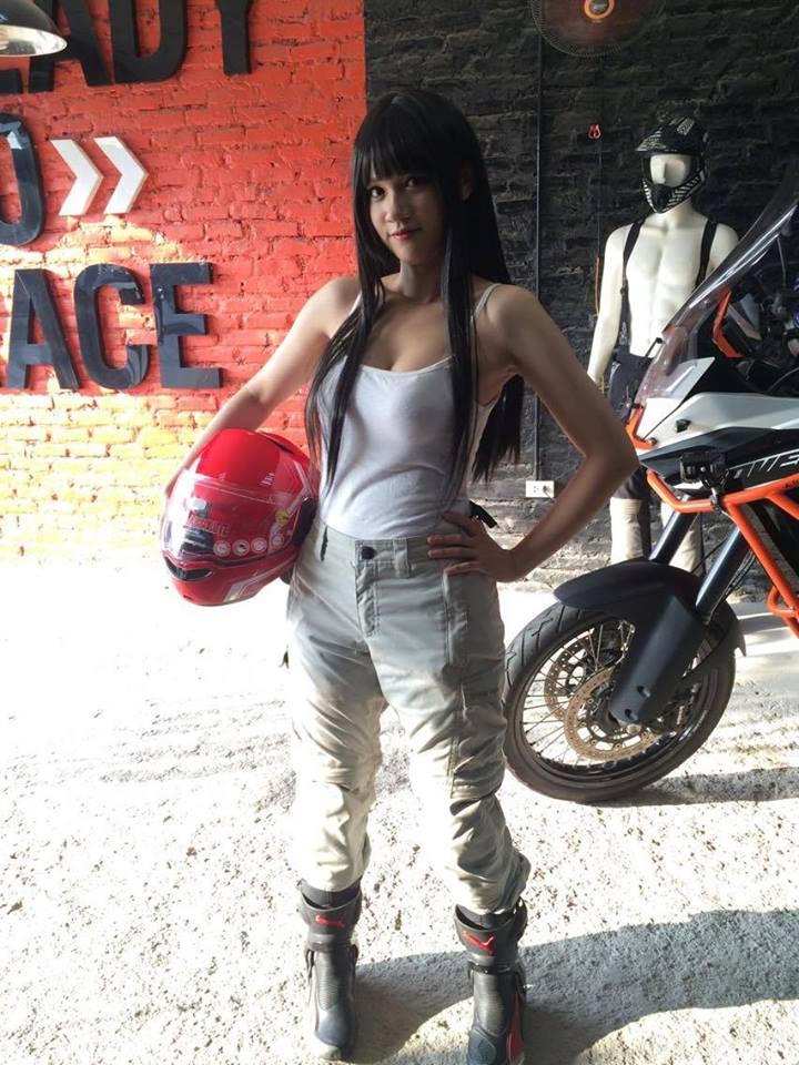 motobox Quan BMW Summer 3 Trang cho dan mo to
