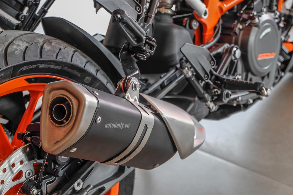 Voi 200 trieu nen chon KTM Duke 2018 hay BMW G310R 2018 - 23