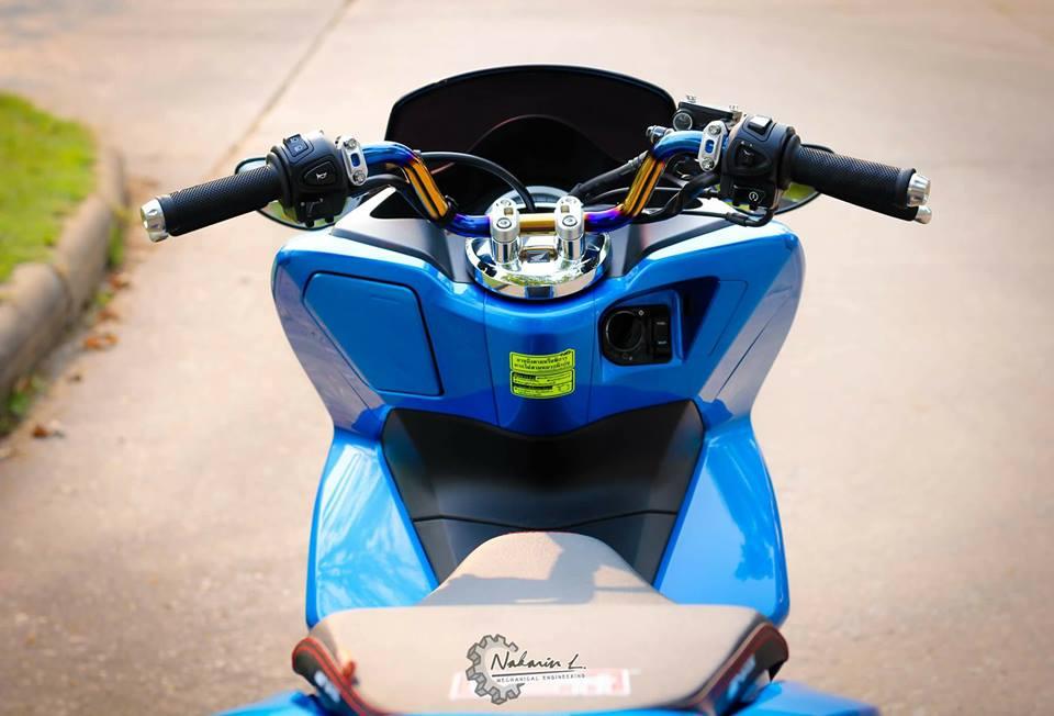PCX 150 do mang buoc chan sieu luot cua biker nuoc ban - 4