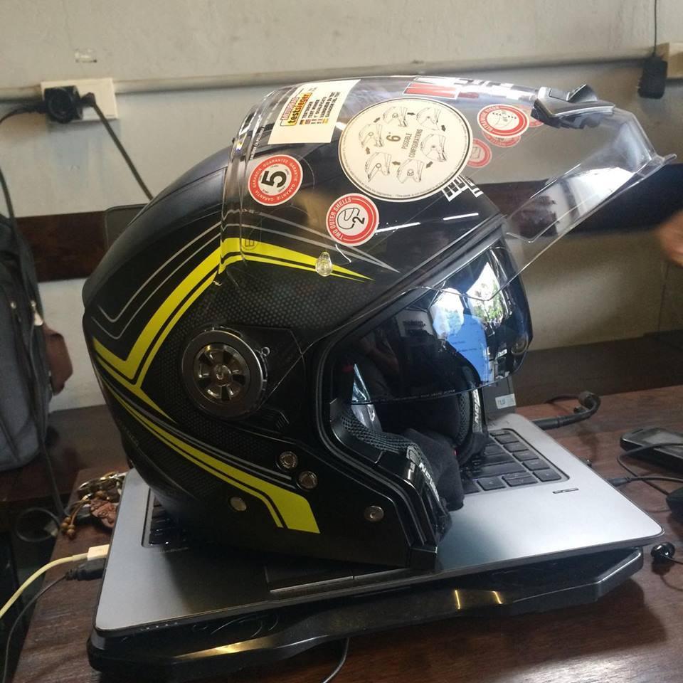 motorush299 MU BAO HIEM Nolan N44 Evo Flat Black Yellow la chieu mu tich hop 6 trong 1 duy nhat da - 2
