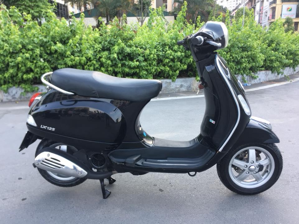 Piaggio vespa lx viet nam 125cc mau den bien HN - 3