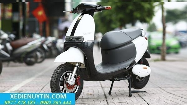Review xe may dien Gogoro Luxury 2018