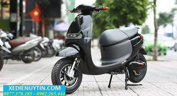 Review xe may dien Gogoro Luxury 2018 - 3