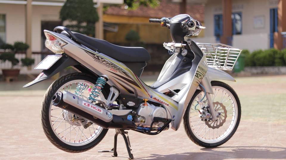 Sirius 50 do kieng hai hoa cua chang Biker Viet - 6