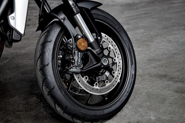 So sanh Honda CB1000R 2018 va Yamaha MT10 - 10