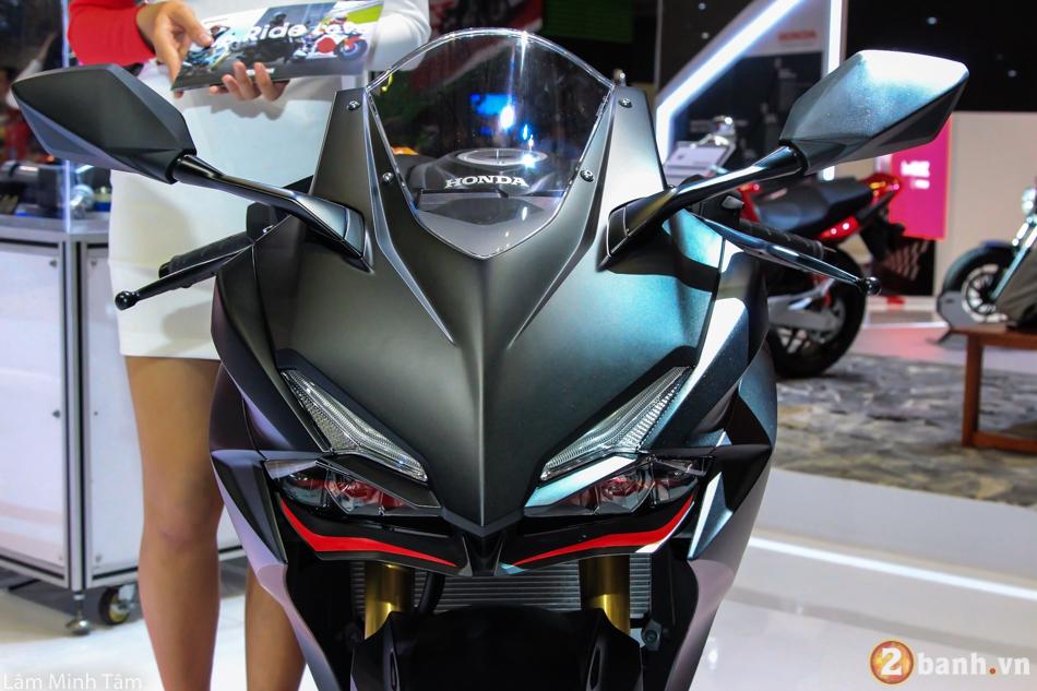 Tin don Honda CBR250RR phan phoi chinh hang tai Viet Nam gia 150 trieu dong vao thang 72018 - 2