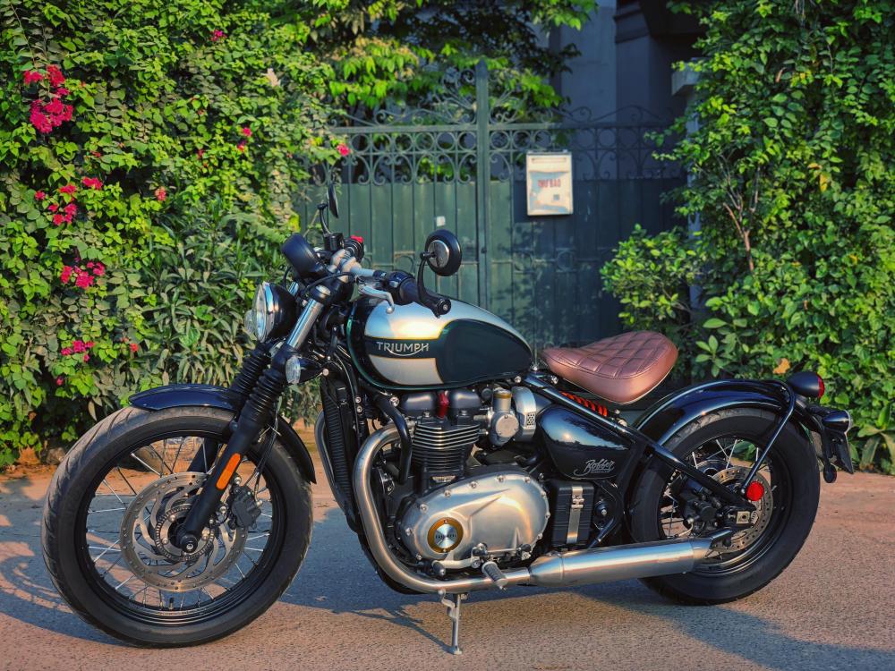 Triumph Bonneville Bobber - 5
