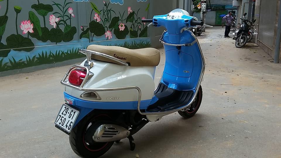 Vespa Lx 150cc nhap italia mau trang xanh bien HN - 3