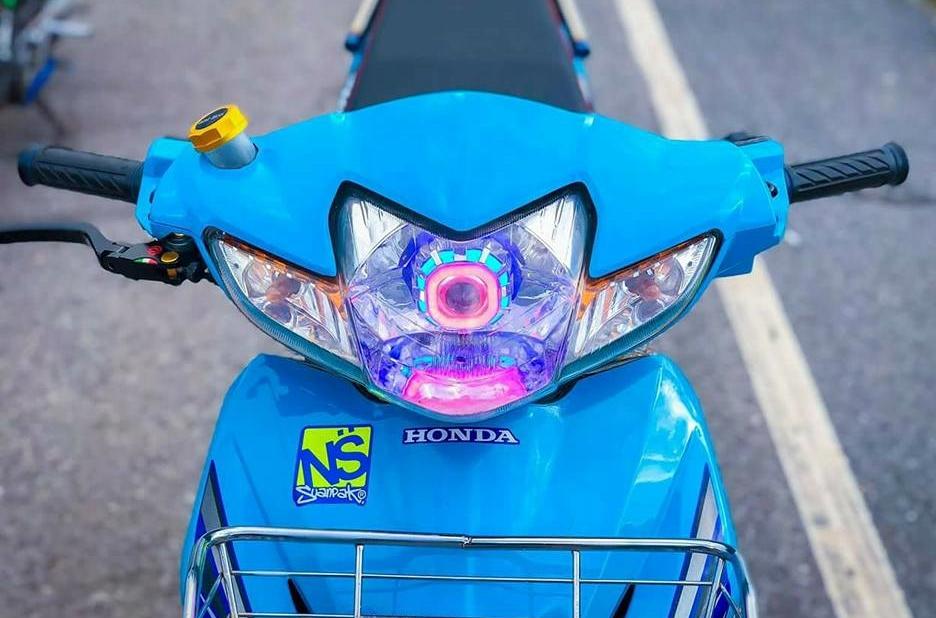 Wave 110 do tinh te voi suc hut quyen ru manh me cua biker Thai - 4