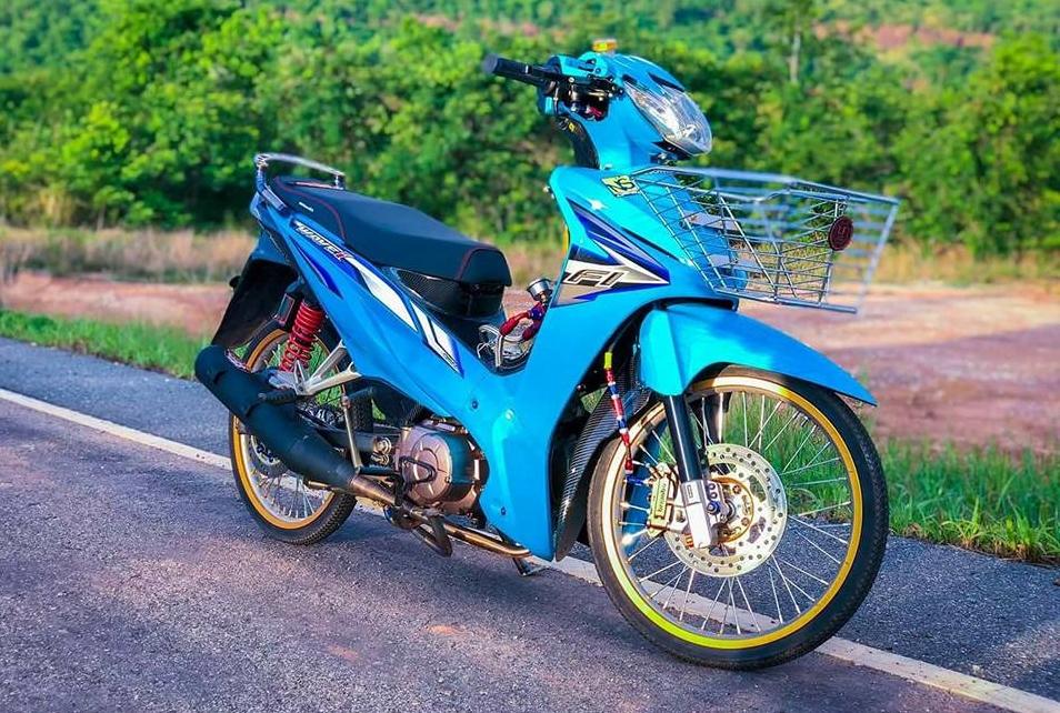 Wave 110 do tinh te voi suc hut quyen ru manh me cua biker Thai - 6