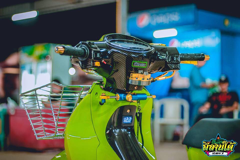 Wave 125 do kich doc voi tone mau xanh la cua biker Thailand - 4