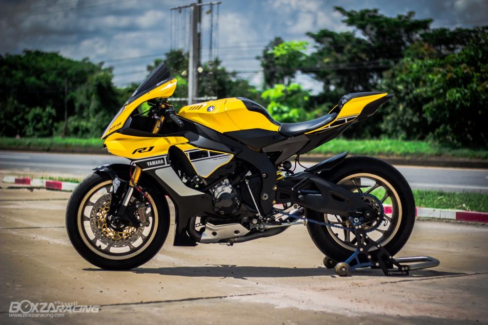 Yamaha R1 ban dac biet ky niem 60 nam dep ngat ngay tren dat Thai - 22