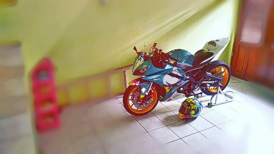 Yamaha R15 do con quai thu ham ho ngu quen cua biker Indo