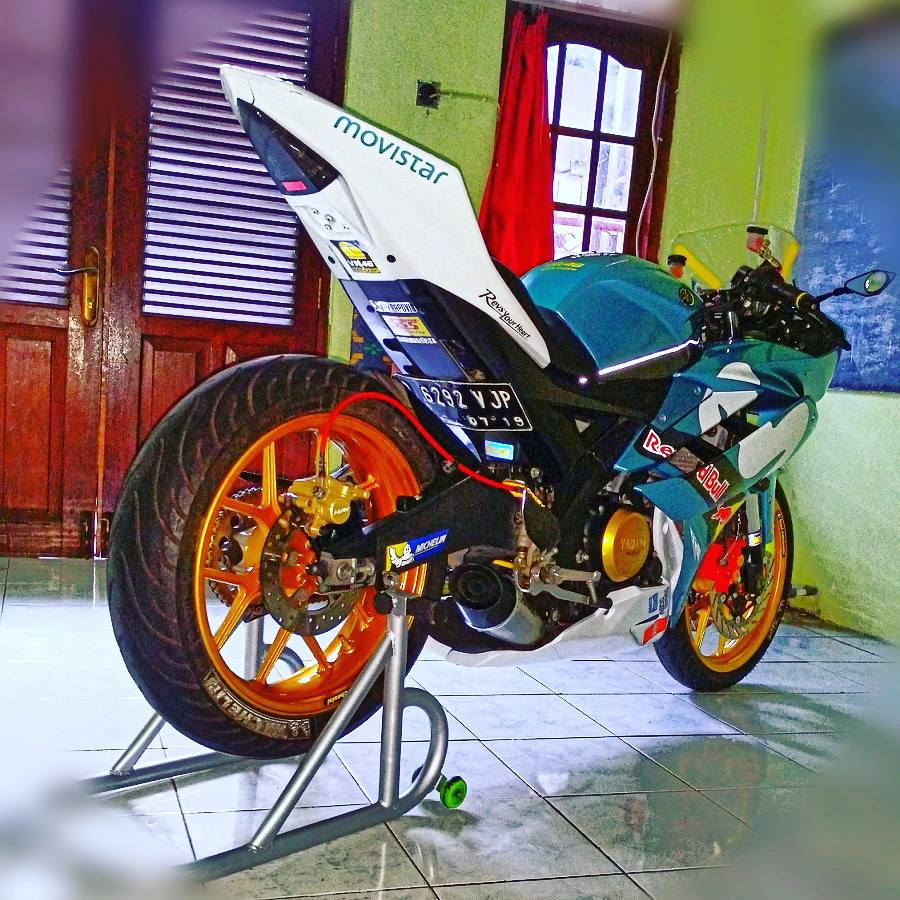 Yamaha R15 do con quai thu ham ho ngu quen cua biker Indo - 5