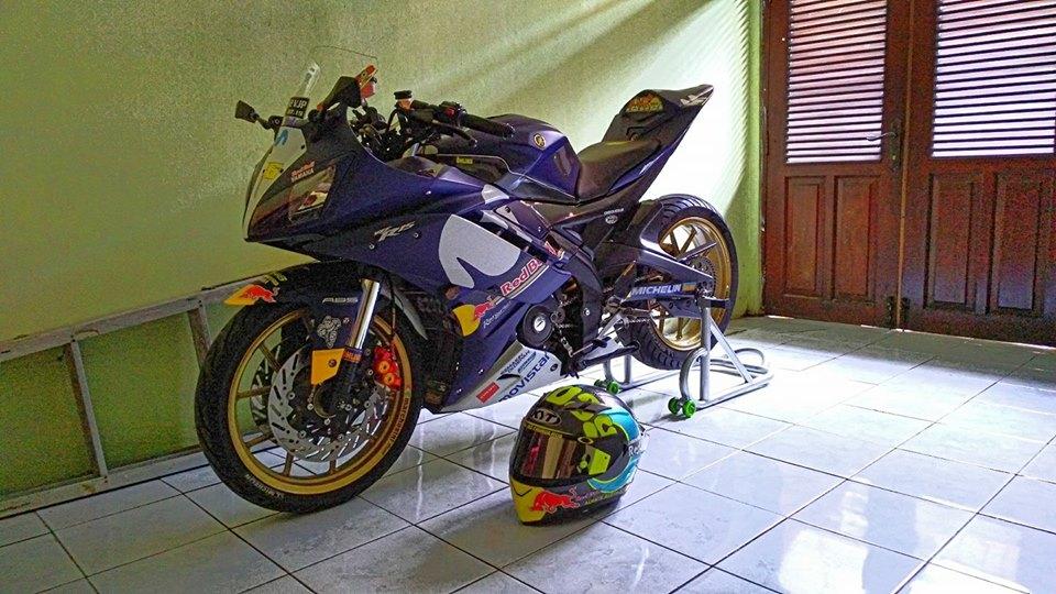 Yamaha R15 do con quai thu ham ho ngu quen cua biker Indo - 4