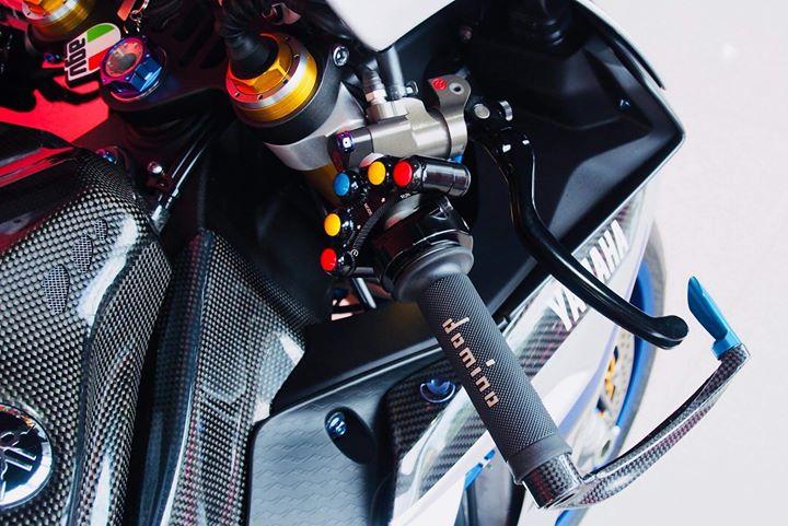 Yamaha R1M nang cap hoan thien voi phu kien Carbon fiber - 4