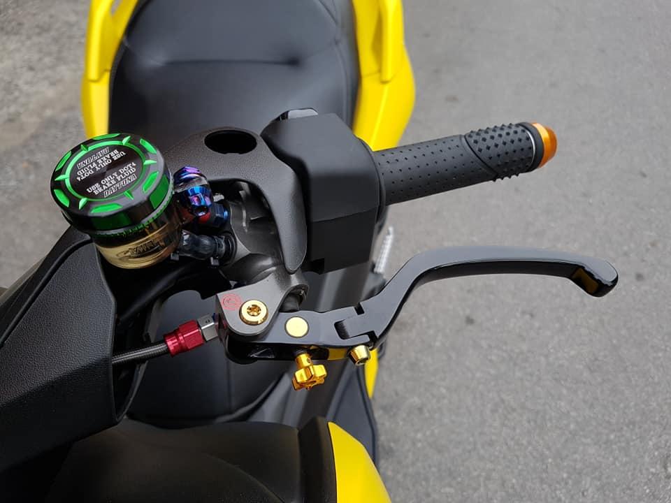 Yamaha XMax 300 do full option dep ngat ngay tren dat Thai - 6
