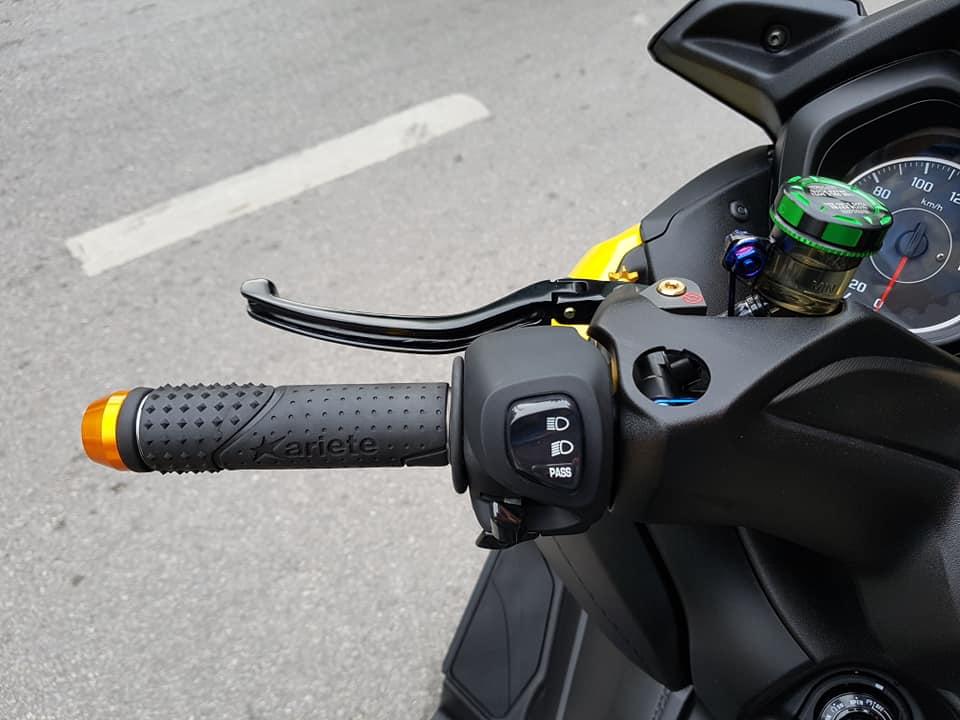 Yamaha XMax 300 do full option dep ngat ngay tren dat Thai - 8