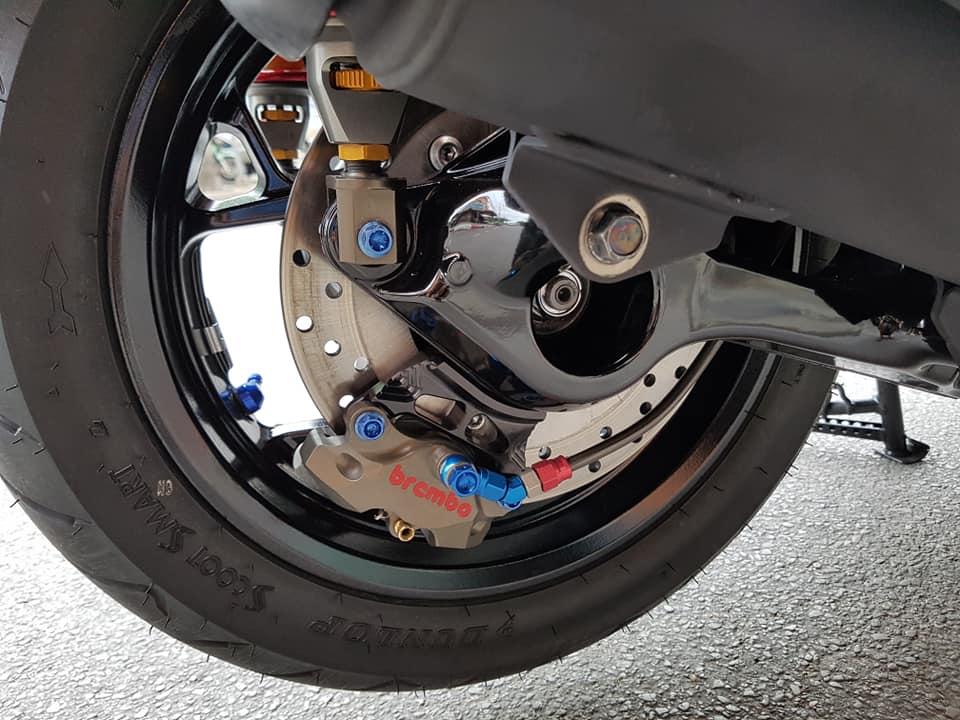 Yamaha XMax 300 do full option dep ngat ngay tren dat Thai - 16