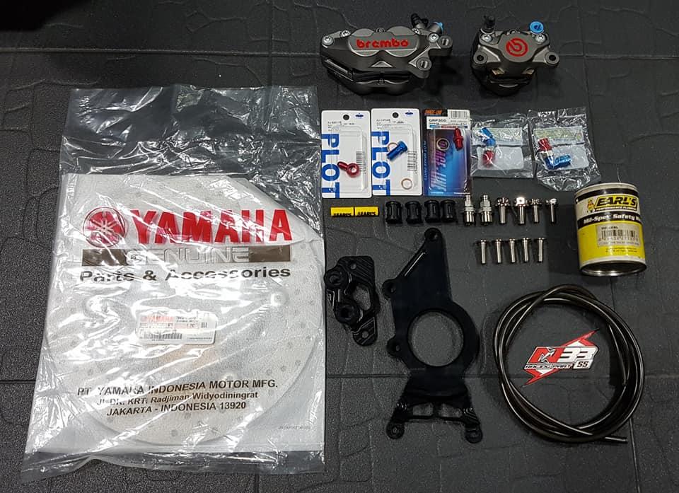 Yamaha XMAX 300 ban do Scooter com can tai xu Chua Vang