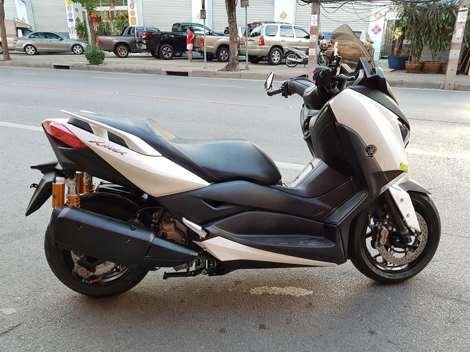 Yamaha XMAX 300 ban do Scooter com can tai xu Chua Vang - 10