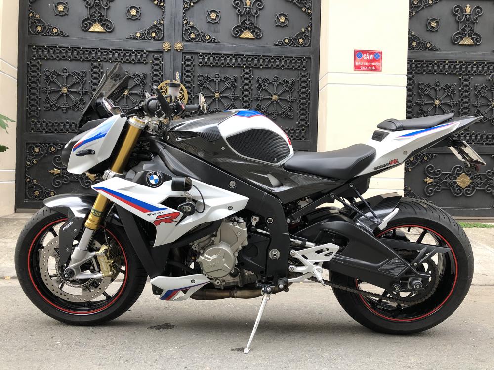 __Ban BMW S1000R ABS date 82014 phien ban Chau Au Full Opstionodo hon 15000km xe dep ngay chu