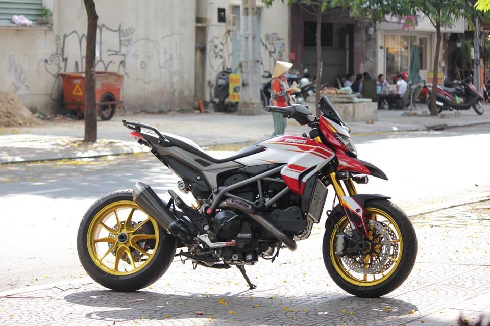 BAN Ducati Hyperstrada 821 SGQ1 - 16