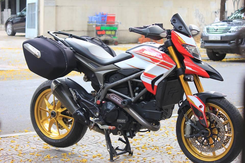 BAN Ducati Hyperstrada 821 SGQ1 - 15