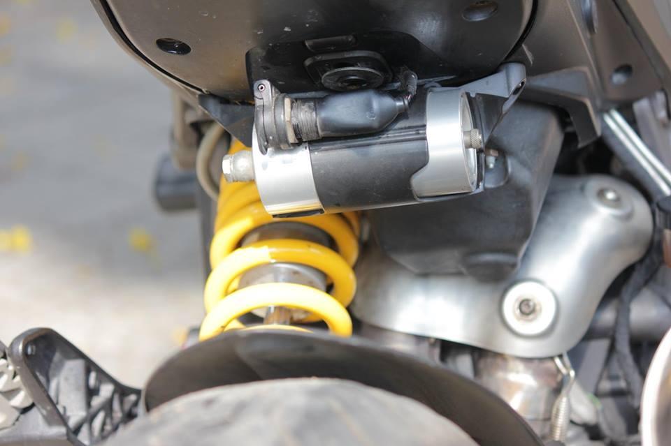 BAN Ducati Hyperstrada 821 SGQ1 - 24