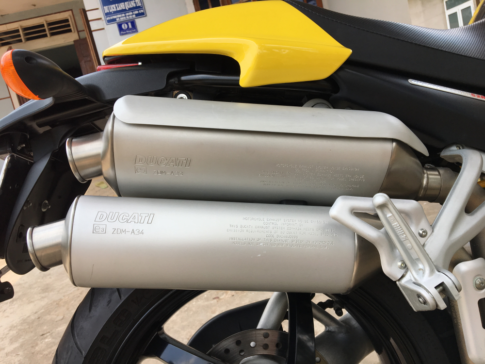 Ban Ducati monster S2R hang kich doc - 7