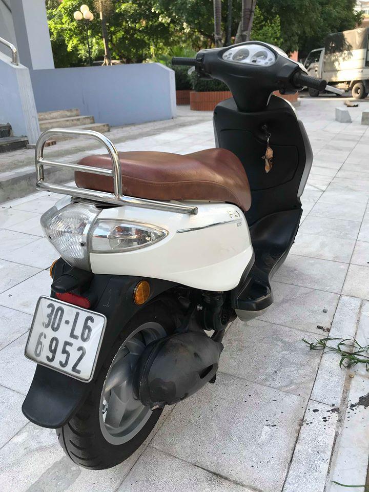 Ban Fly125 Trang 2010 bs 30H rat zin va moi 8 trieu xe nguyen ban - 2