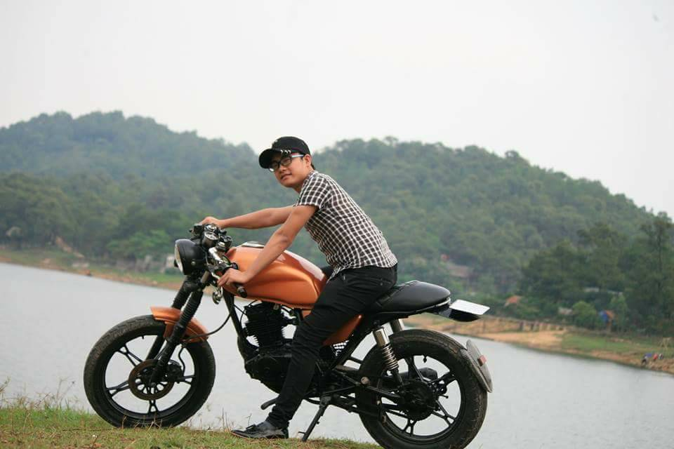 Ban Moto Suzuki Cafe Racer GN125 - 2
