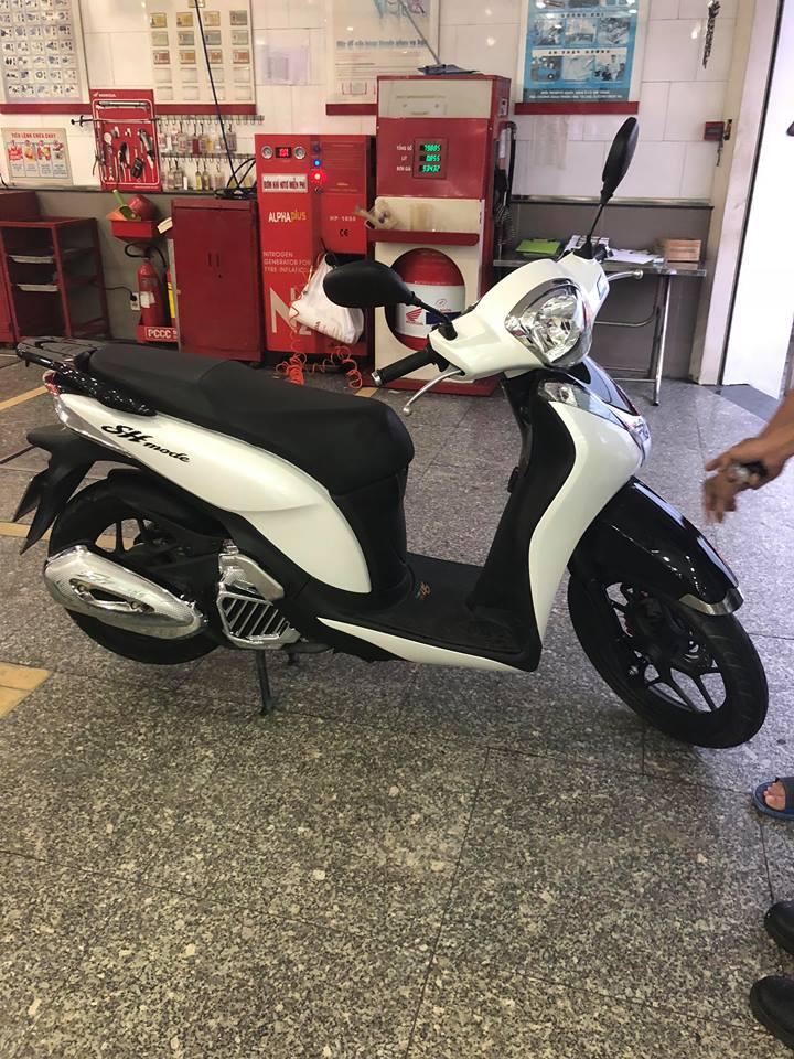 Ban SH Mode 125_ 2018 Den bac _3000Kmmua 032018