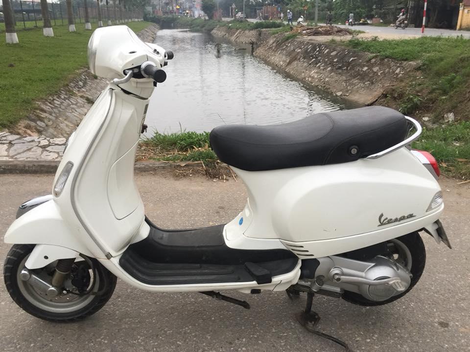 Ban xe LX chinh chu 2011 bien ha noi 5 so