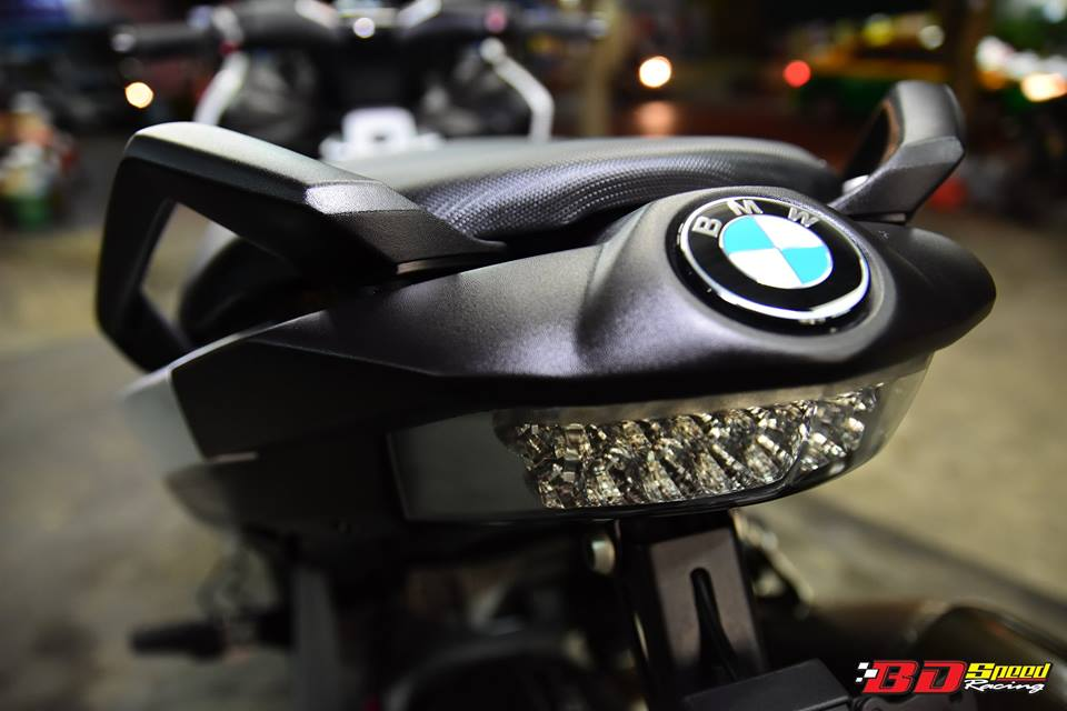 BMW C650 Sport do cang det voi dan option khung - 18