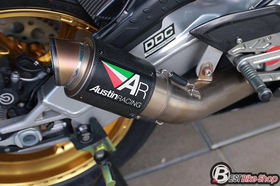 BMW HP4 ve dep tuyet sac trong trang bi full ao Carbon ilmberger - 20