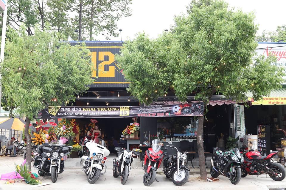 Cafe 12 District Club diem hen cua dan choi xe Sai Gon