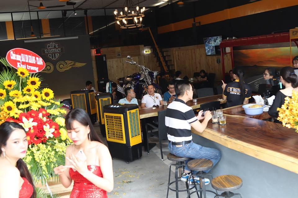 Cafe 12 District Club diem hen cua dan choi xe Sai Gon - 9