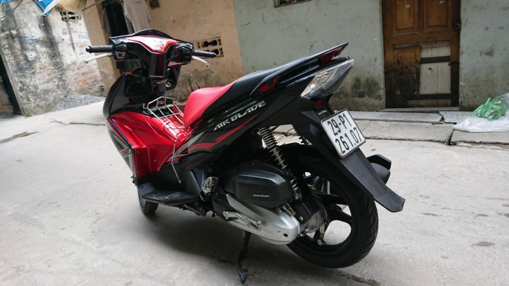 Can ban Honda Airblade 125 fi do den doi 2015 con moi chinh chu 32tr500 - 4