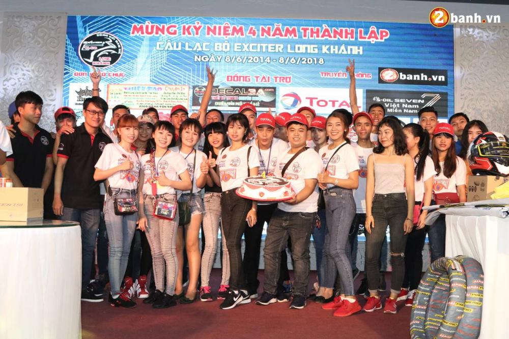 Club Exciter Long Khanh mung sinh nhat lan IV day hoanh trang