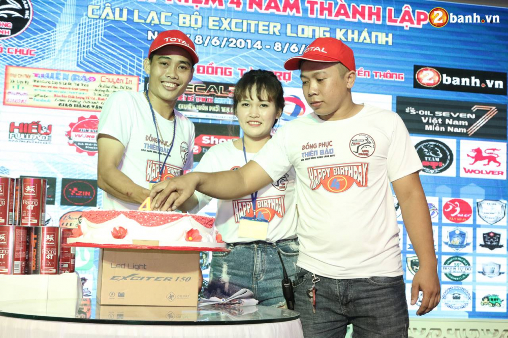 Club Exciter Long Khanh mung sinh nhat lan IV day hoanh trang - 18